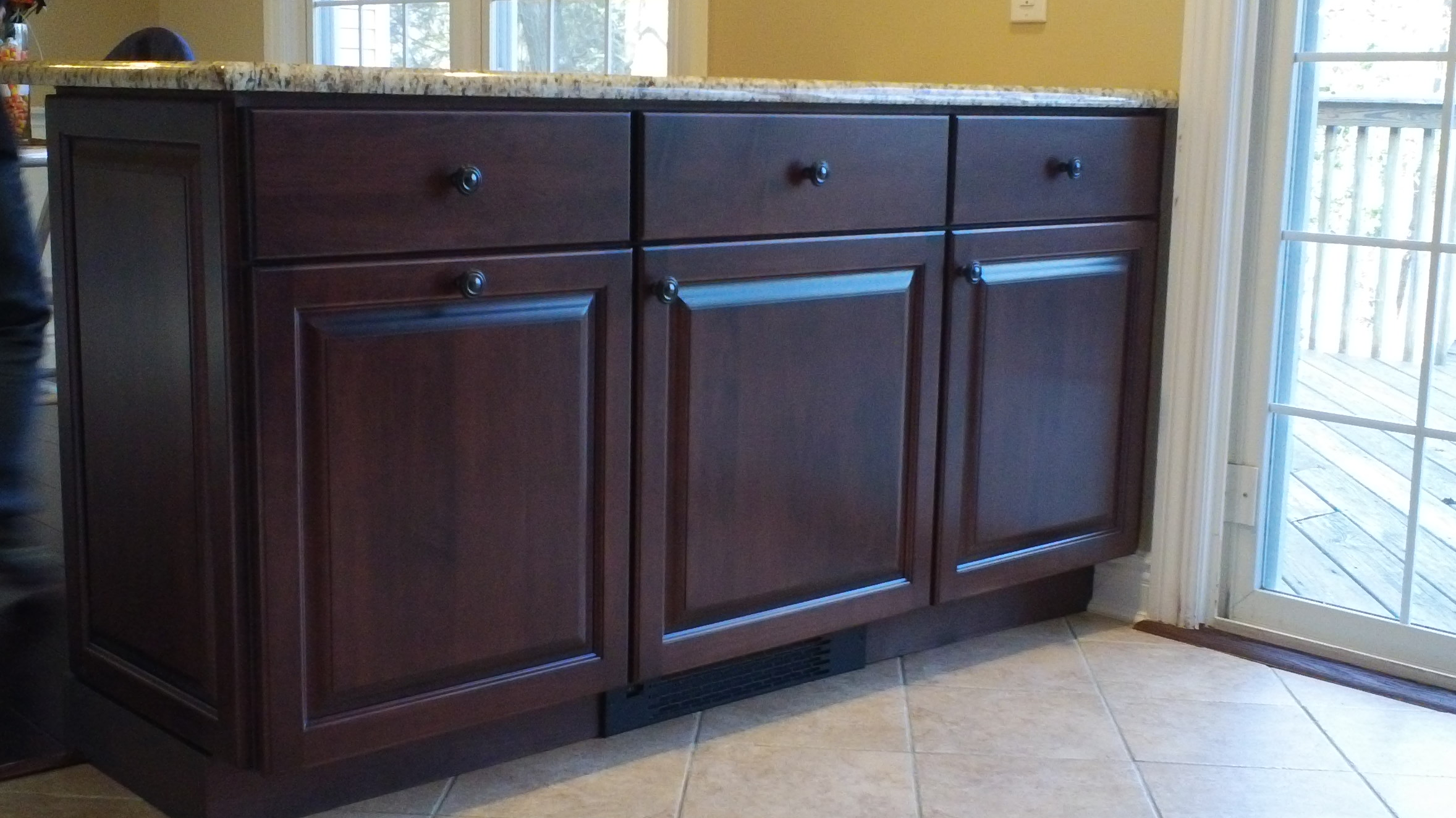 Custom woodwork remodeling sparta nj breakfast bar for Custom wood cabinets